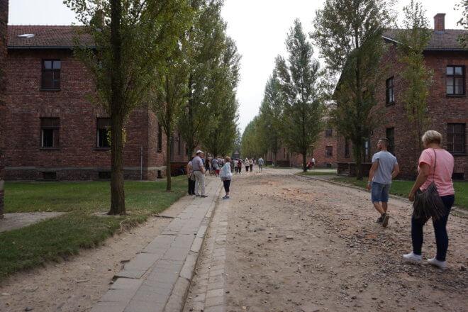 アウシュビッツ収容所の入り口